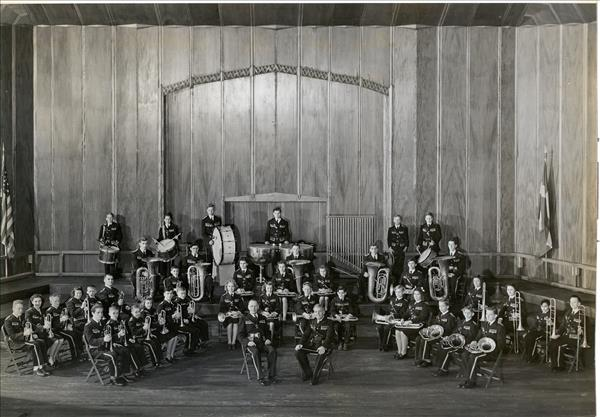 Band at Sakvation Army Headquarters in 1946